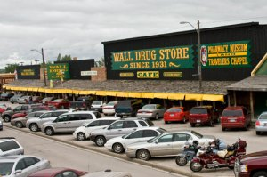 wall-drug-storefront-2008